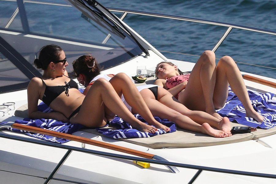 Selena Gomez en vacances en Australie le 18 mars 2018