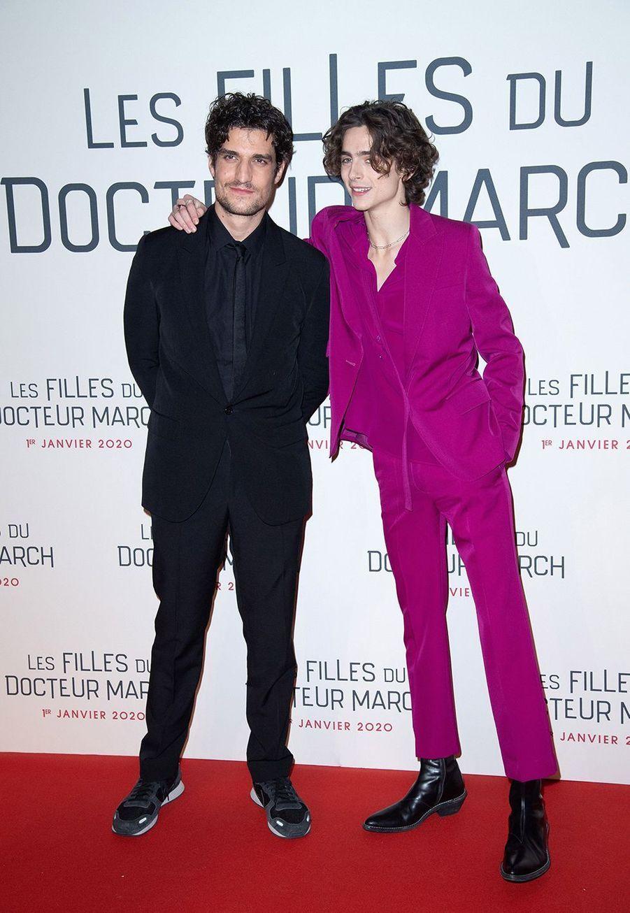 """Louis Garrel et Timothée Chalametlors dela première du film """"Les filles du Docteur March"""" à Paris, le 12 décembre 2019."""