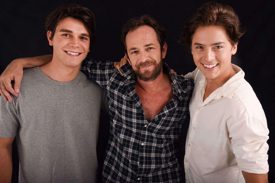 Luke Perry avec K.J. Apa et Cole Sprouse en 2016 pour «Riverdale»