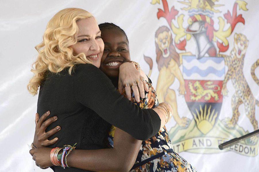 Madonna et sa fille Mercy James au Malawi, le 11 juillet 2017.