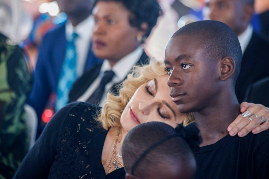Madonna lors de l'inauguration d'un centre pédiatrique au Malawi, le 11 juillet 2017.