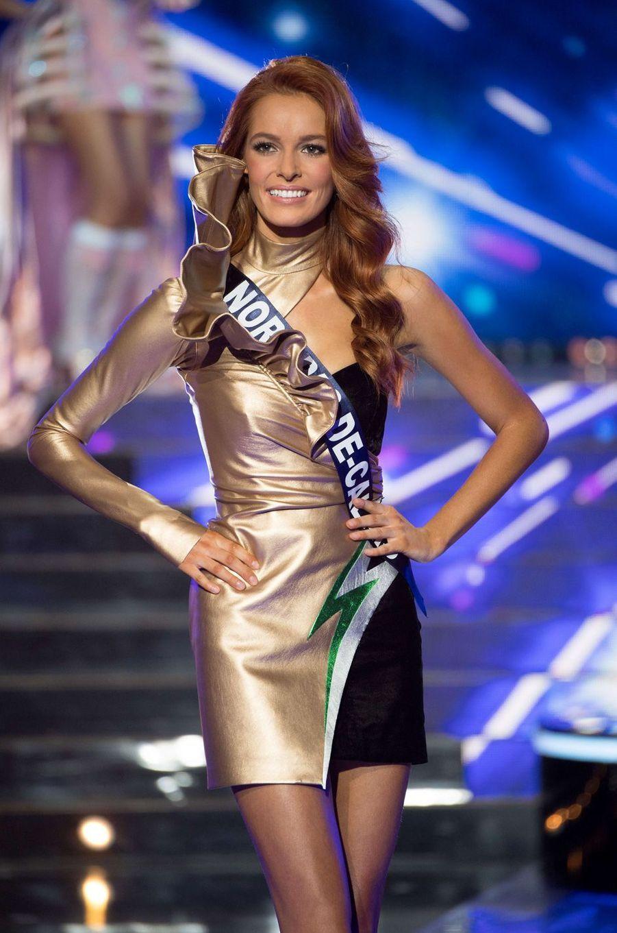 Maëva Coucke représente les couleurs duNord-Pas-de-Calais. Dans quelques instants, elle seraélue Miss France 2018.