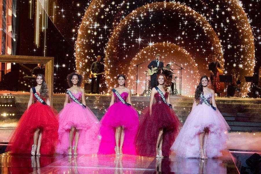 Les cinq finalistes de l'élection Miss France 2018.