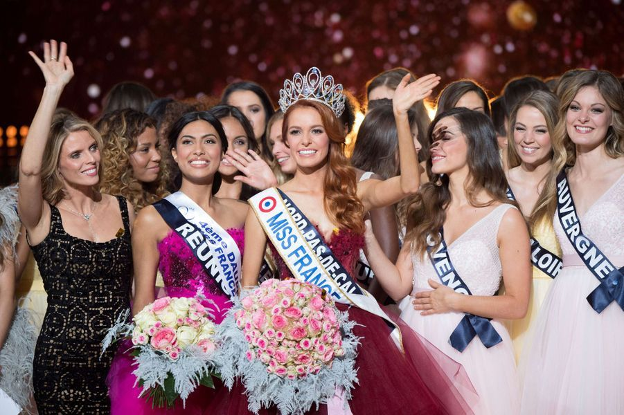 L'heure du couronnement pour Maëva Coucke,Miss Nord-Pas-de-Calais, élue Miss France 2018.