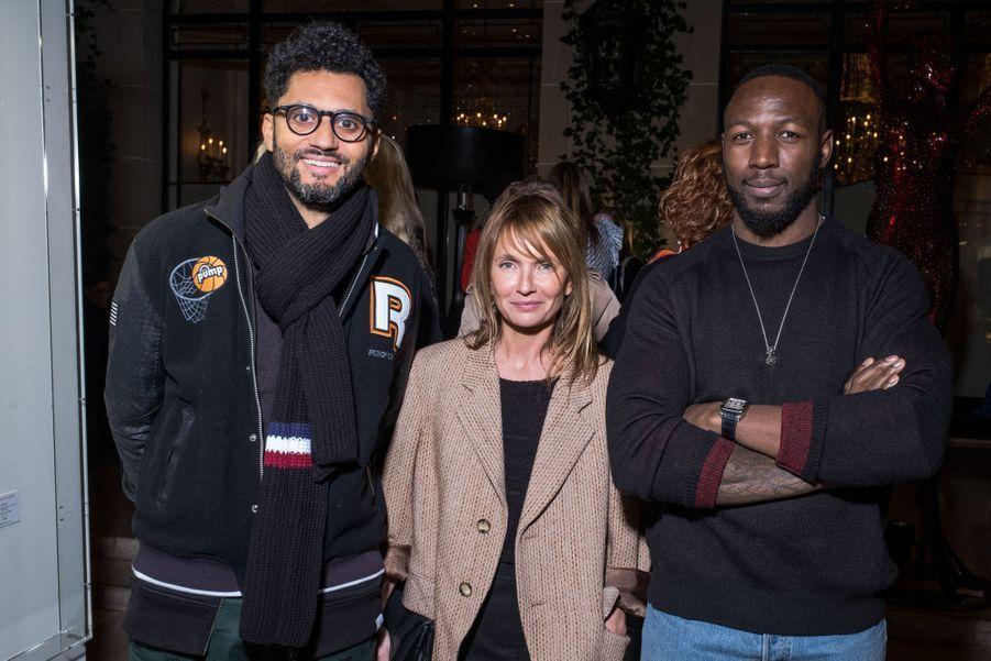 """Tony Saint Laurent, Axelle Laffont et Paps Touréau vernissage de l'exposition """"Femmes je vous aime"""" à l'Hôtel Plaza Athénée à Paris, le 25 février 2019."""