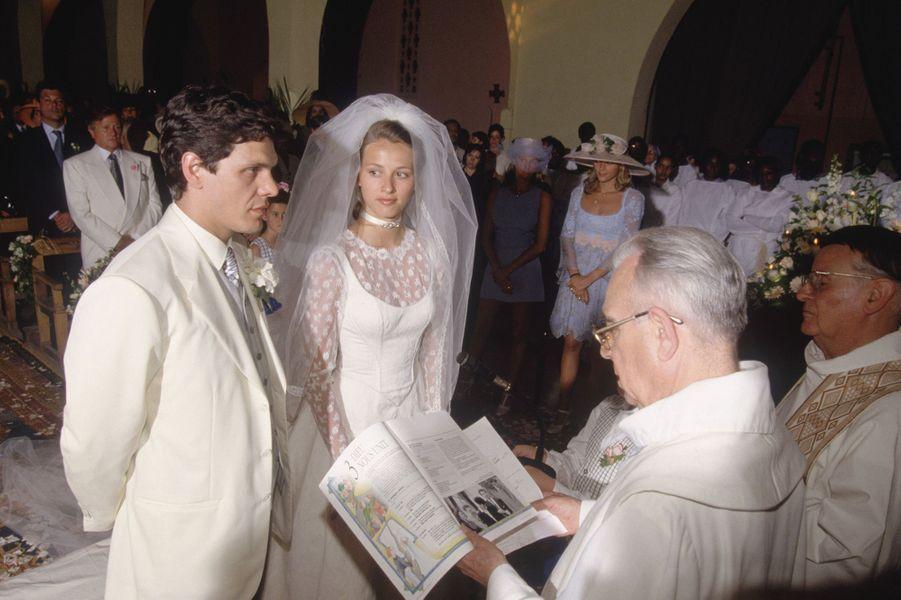 Marc Lavoine et SarahPoniatowski se marient en 1995.