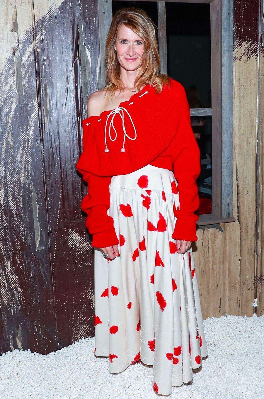 Laura Dern au défilé Calvin Klein