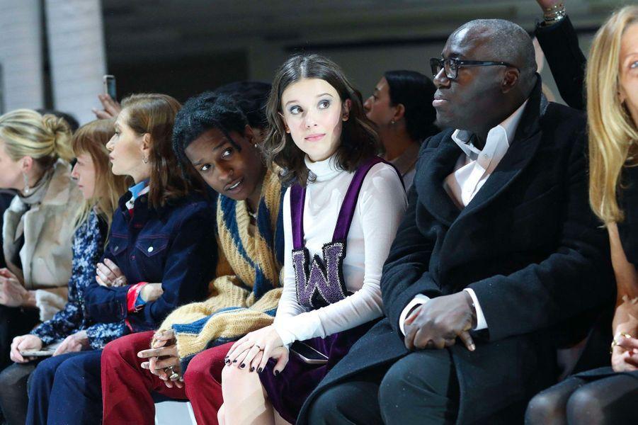 Millie Bobby Brown au défilé Calvin Klein