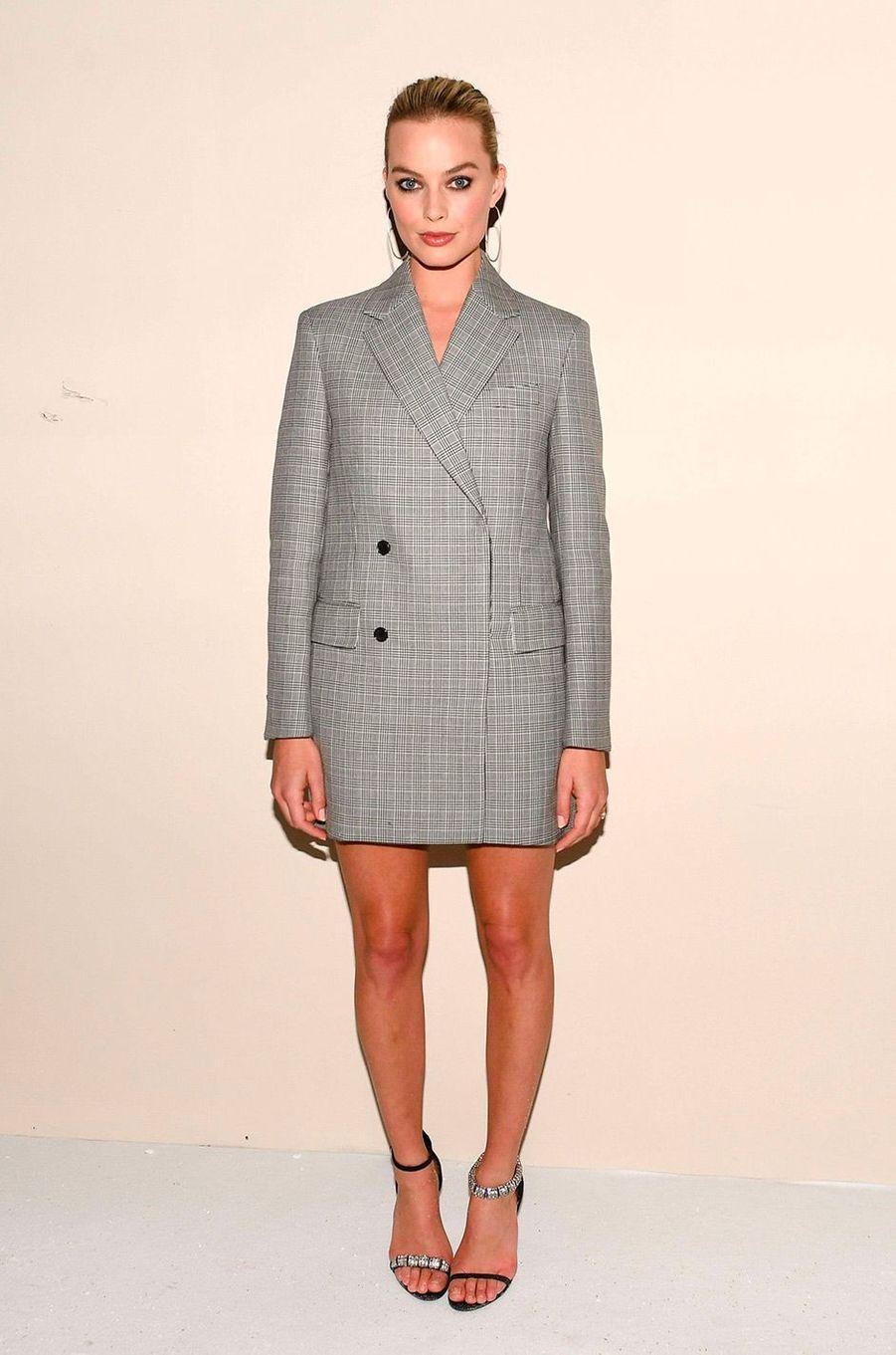 Margot Robbie au défilé Calvin Klein