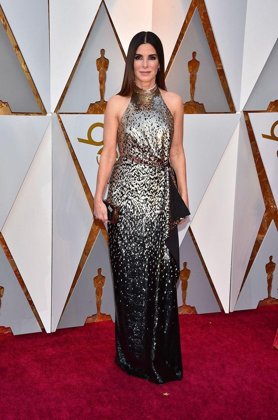 Sandra Bullock dans une robe Louis Vuitton