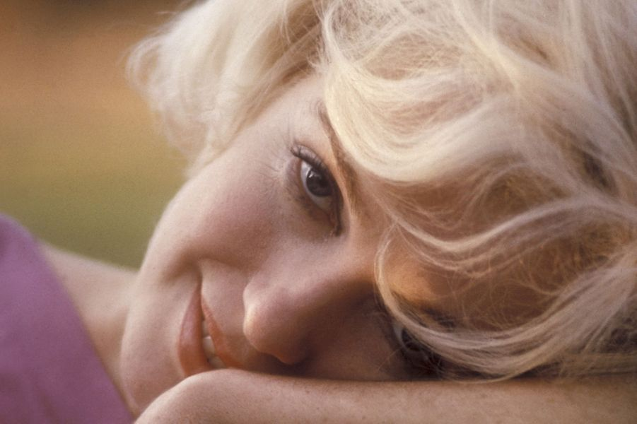 Marilyn Monroe, l'air serein