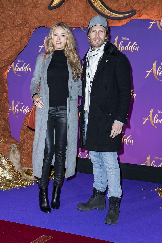 """Elodie Fontan et Philippe Lacheauà la première du film """"Aladdin"""" à Paris, le 8 mai 2019"""