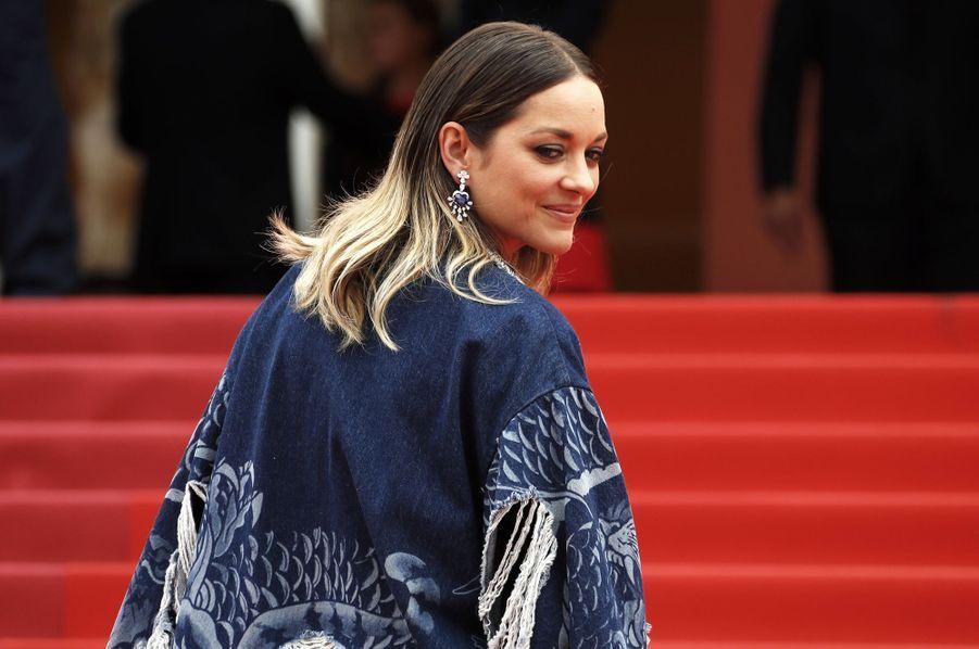 Marion Cotillard lors de la montée des marches du film «Matthias & Maxime» à Cannes le 22 mai 2019