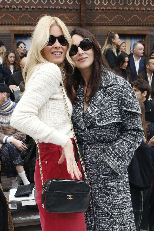Claudia Schiffer et Monica Bellucci au défilé Chanel au Grand Palais à Paris le 5 mars 2019