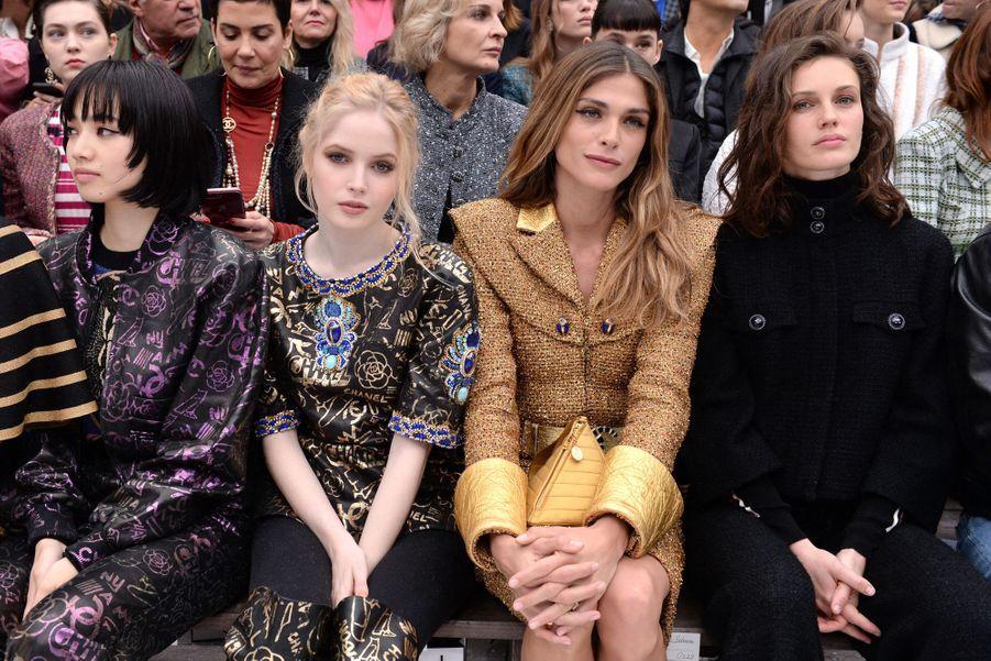 Ellie Bamber, Elisa Sednaoui et Marine Vacthau défilé Chanel au Grand Palais à Paris le 5 mars 2019