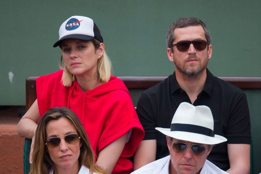 Marion Cotillard et Guillaume Canet assistent à la finale hommes de Roland-Garros