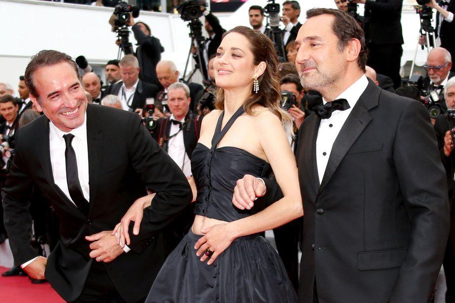 Marion Cotillard, Jean Dujardin et Gilles Lellouche le 20 mai 2019 à Cannes.