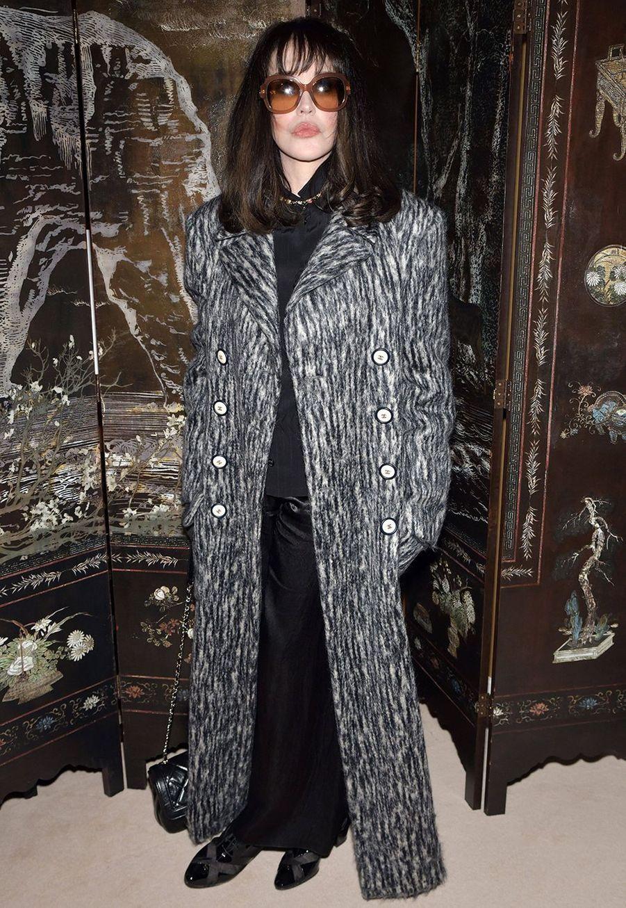 Isabelle Adjanilors du défilé Chanel Métiers d'Art àParis le 4décembre2019.