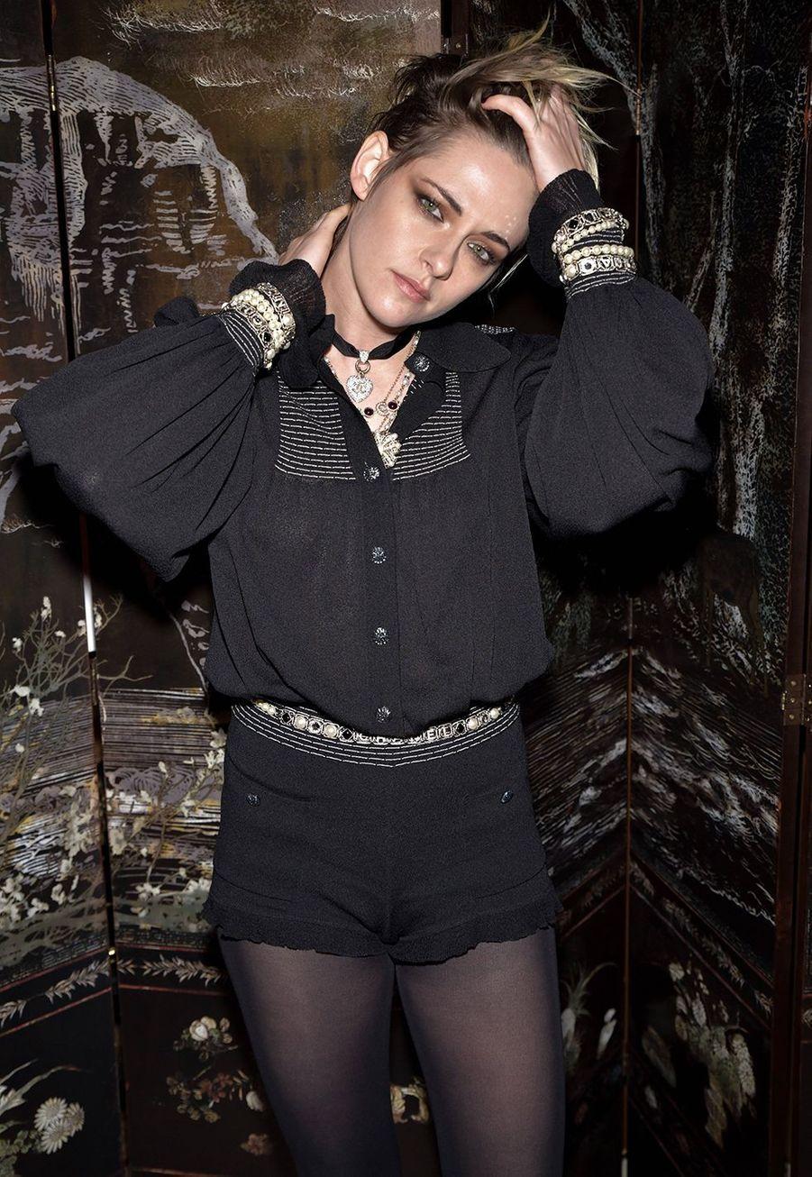 Kristen Stewartlors du défilé Chanel Métiers d'Art àParis le 4décembre2019.