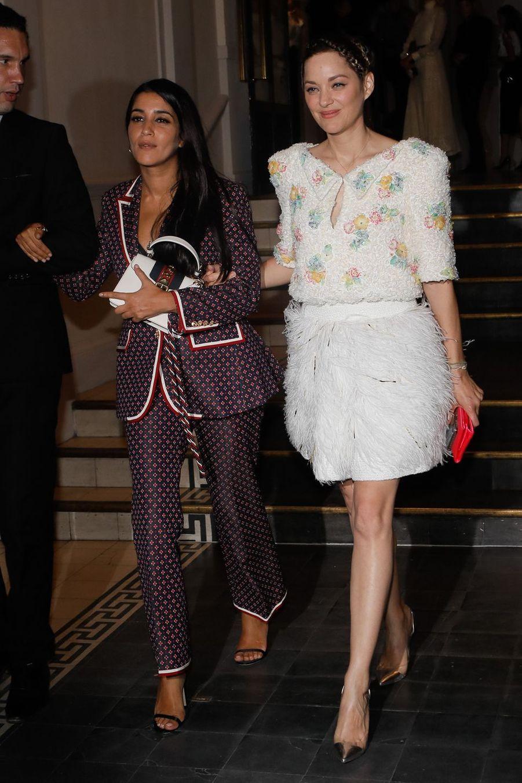 Leïla Bekhti et Marion Cotillard à la sortie du gala, le 2 juillet 2019.