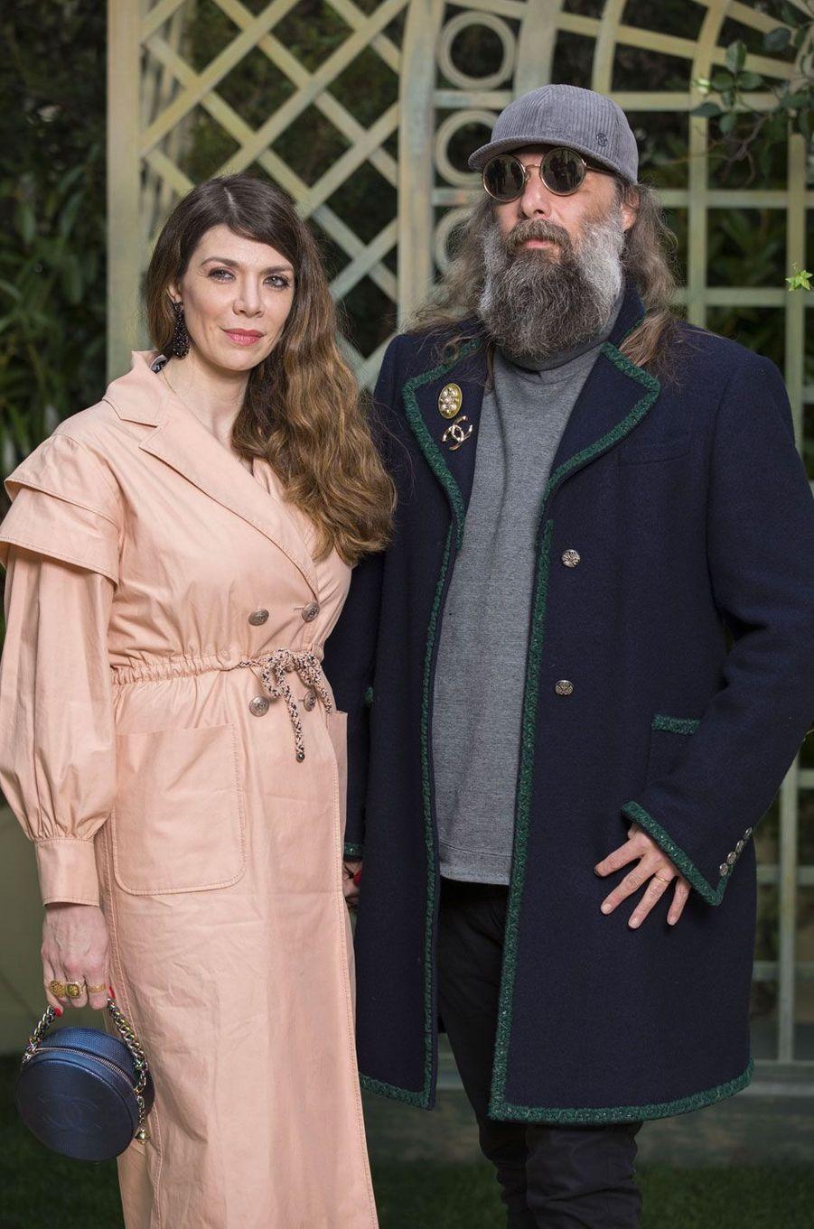 Sébastien Tellier et sa femme au défilé Chanel Haute Couture printemps-été 2018