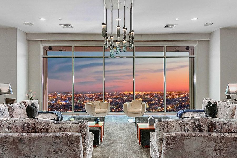 Matthew Perry vend son penthouse situé à Century City (Los Angeles) pour 35 millions de dollars