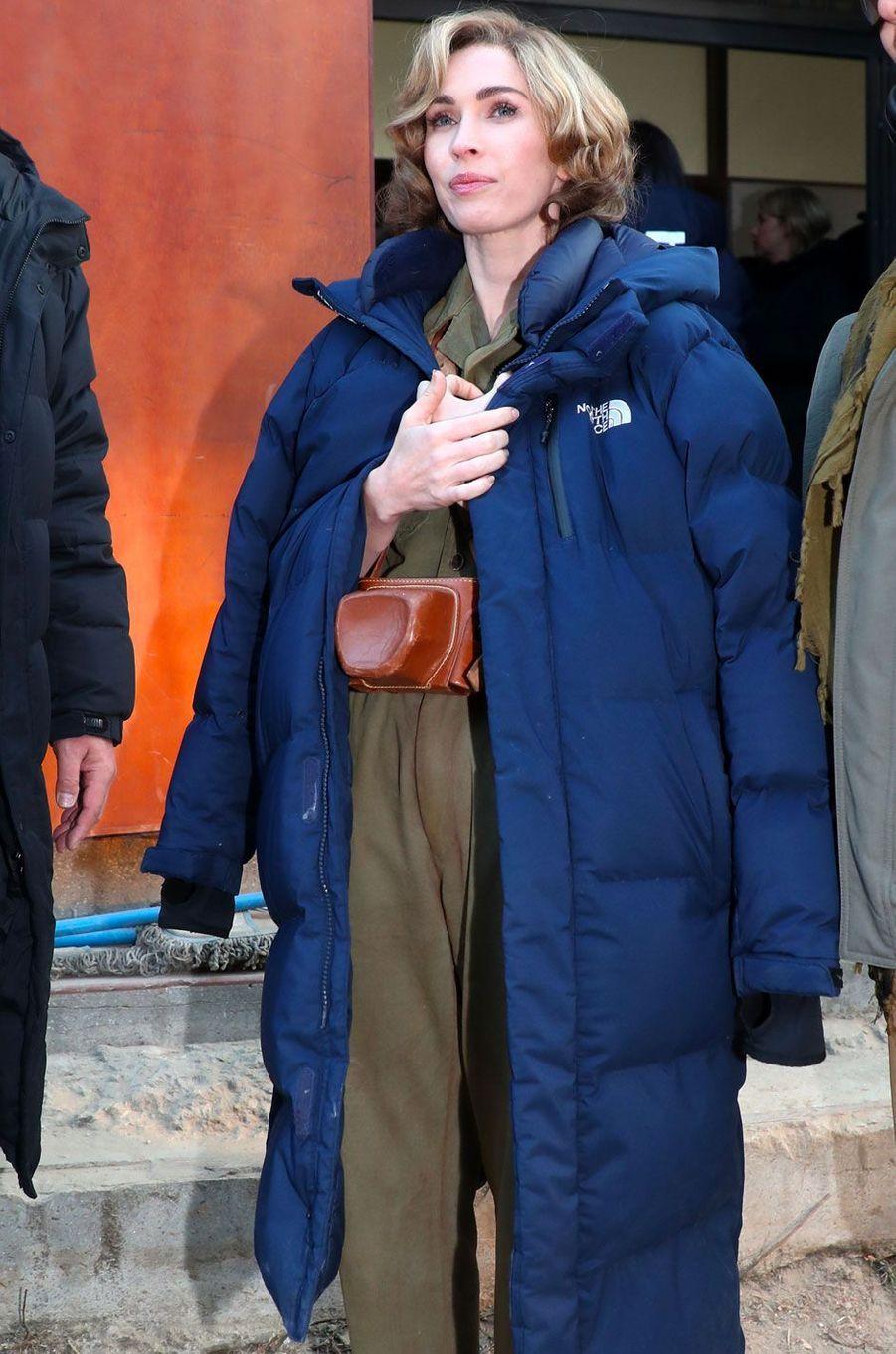"""Megan Fox sur le tournage de """"Jangsari 9.15"""" en Corée"""