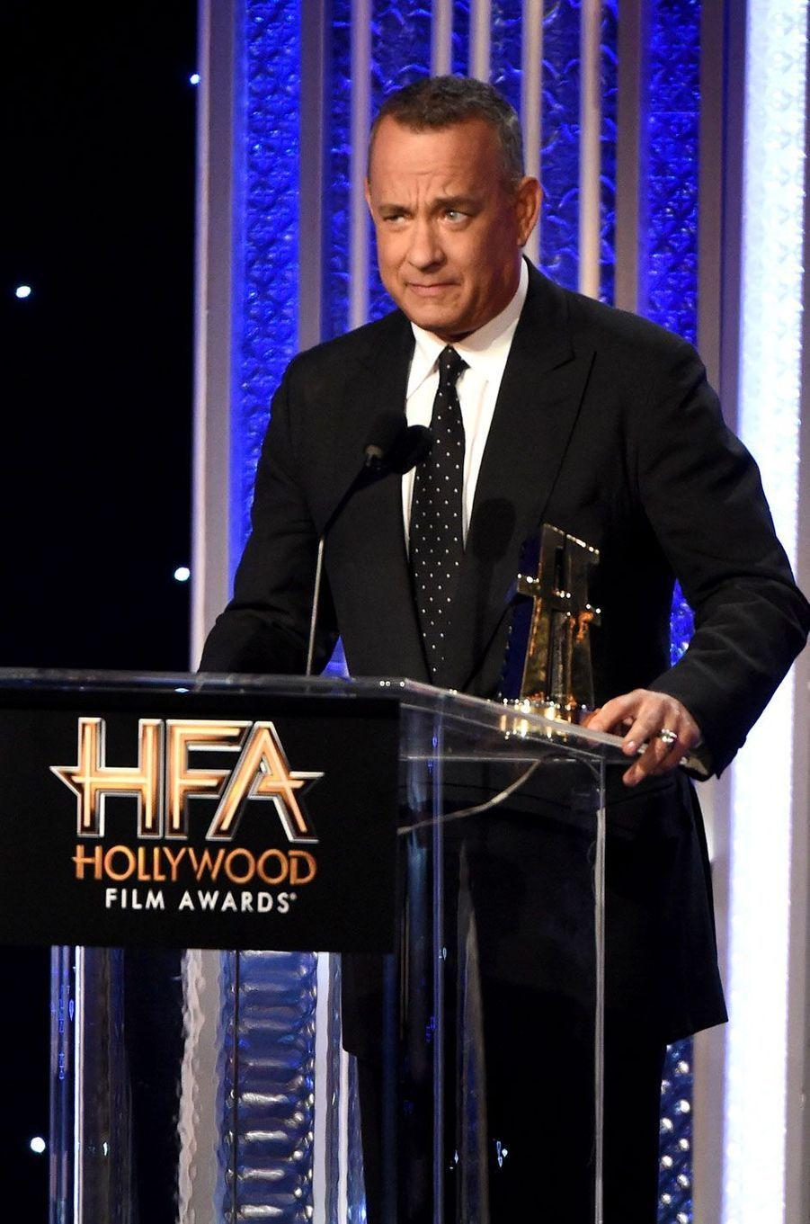 """Tom Hanks reçoit le prix du meilleur acteur aux """"Hollywood Film Awards"""""""