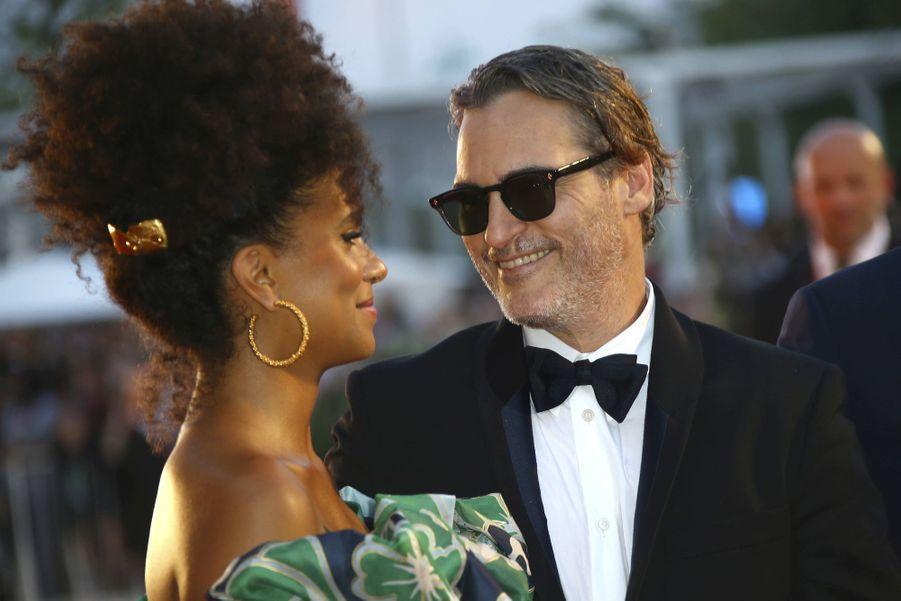 """Joaquin Phoenix et Zazie Beetz à la 76e édition du festival international du film de Venise, pour le films """"Joker"""""""
