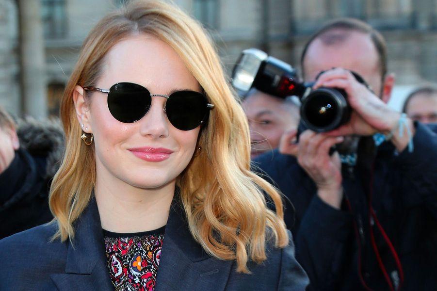 Emma Stone:«J'ai du demander à mes partenaires de jeu masculins une réduction de salaire pour que je puisse avoir un salaire égal aux leurs», a raconté l'actrice dans le magazine «Out».