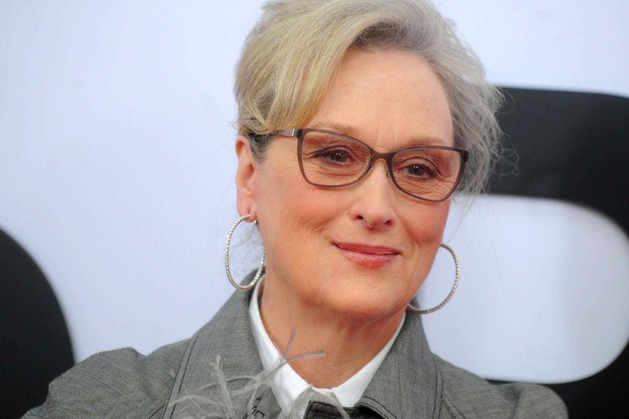 """Meryl Streep:Malgré ses trois Oscars et ses vingt nominations pour la prestigieuse récompense, Meryl Streep révèle qu'elle est toujours moins payée que les acteurs avec qui elle joue: «Je vis le sexisme et cela me rend un petit peu énervée», a-t-elle déclaré à """"BBC Radio""""."""