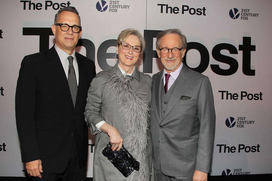 """Tom Hanks, Meryl Streep et Steven Spielbergà l'avant-première de """"The Post"""", le 14 décembre 2017 à Washington."""