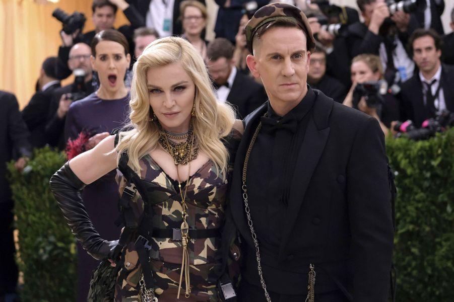 Jeremy Scott et Madonna prennent la pose