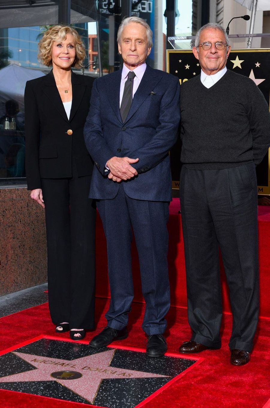 Michael Douglas avec Jane Fonda et Ron Meyer pour l'inauguration de son étoile sur Hollywood Boulevard le 6 novembre 2018