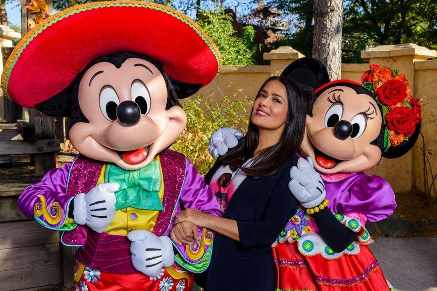 Salma Hayek et Mickey.
