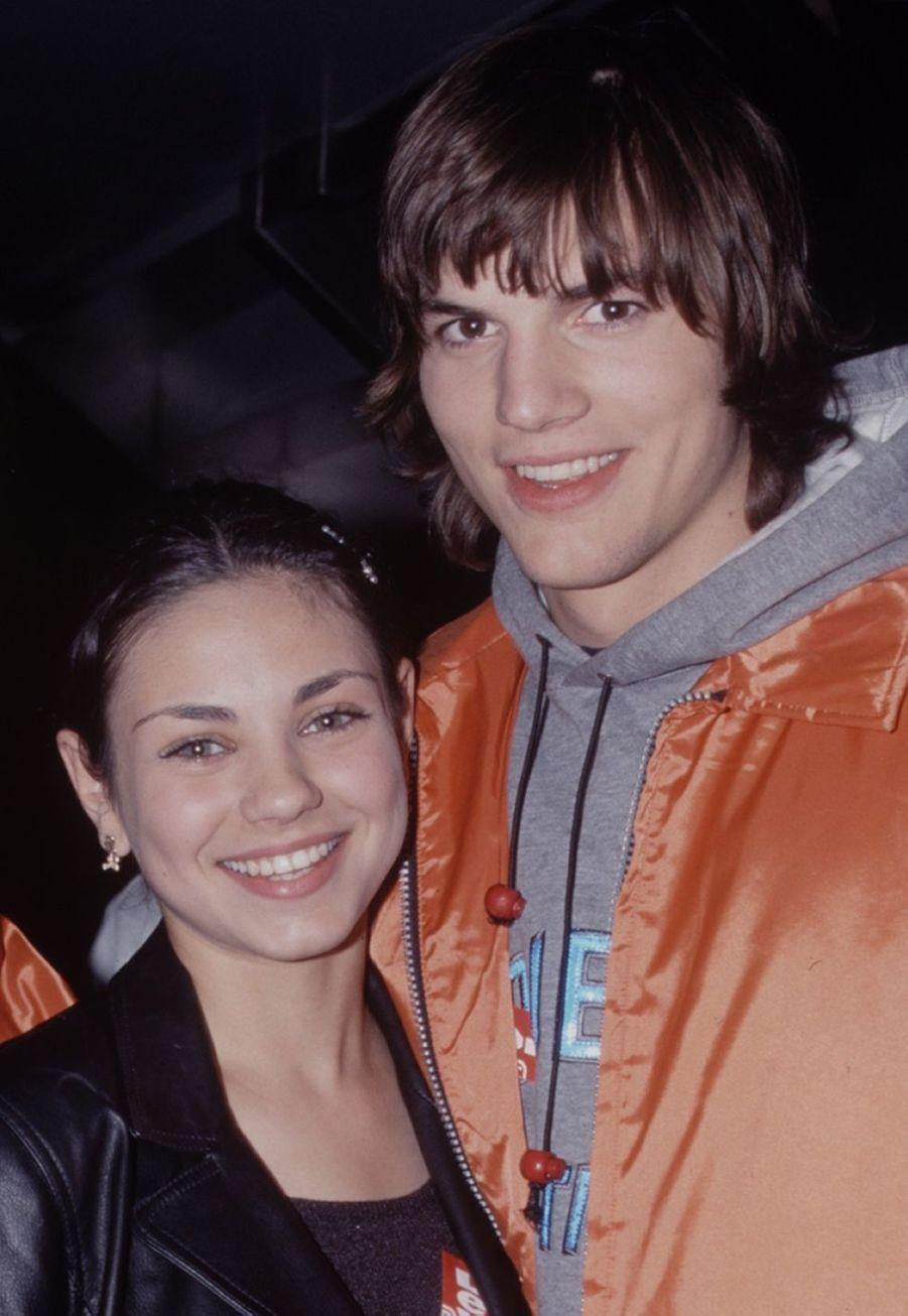 Mila Kunis et Ashton Kutcher dansles années 2000, à l'époque de «That '70s Show».