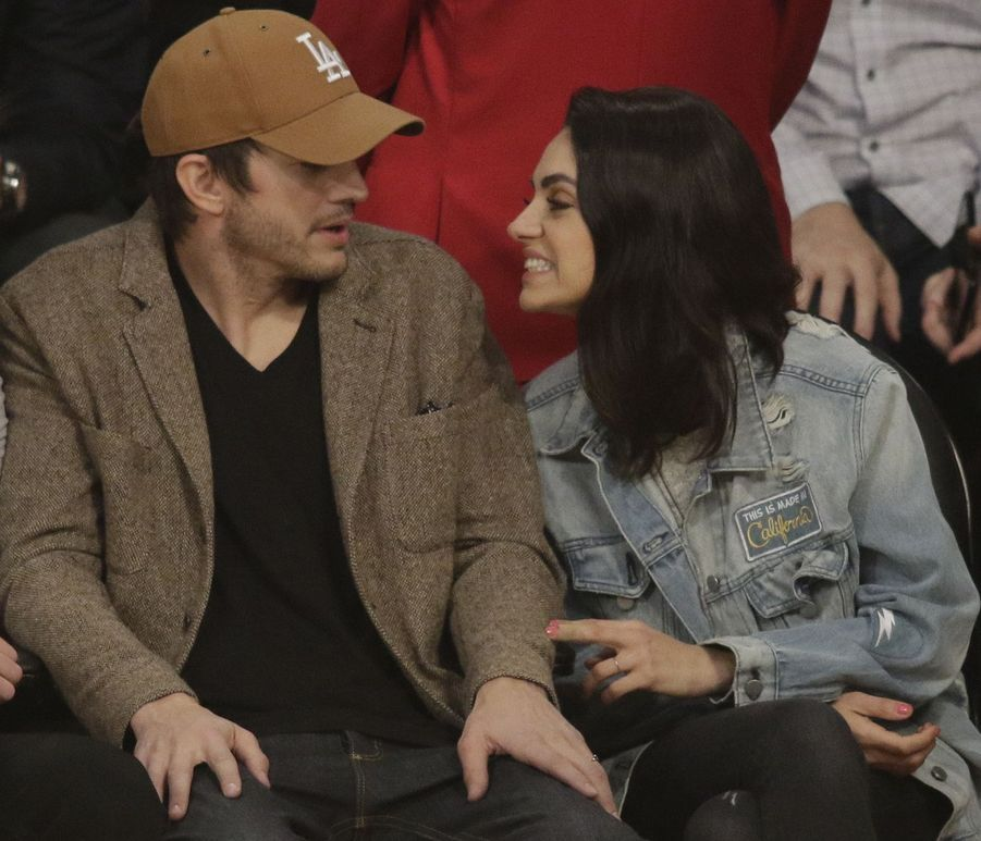Mila Kunis et Ashton Kutcher en 2019.