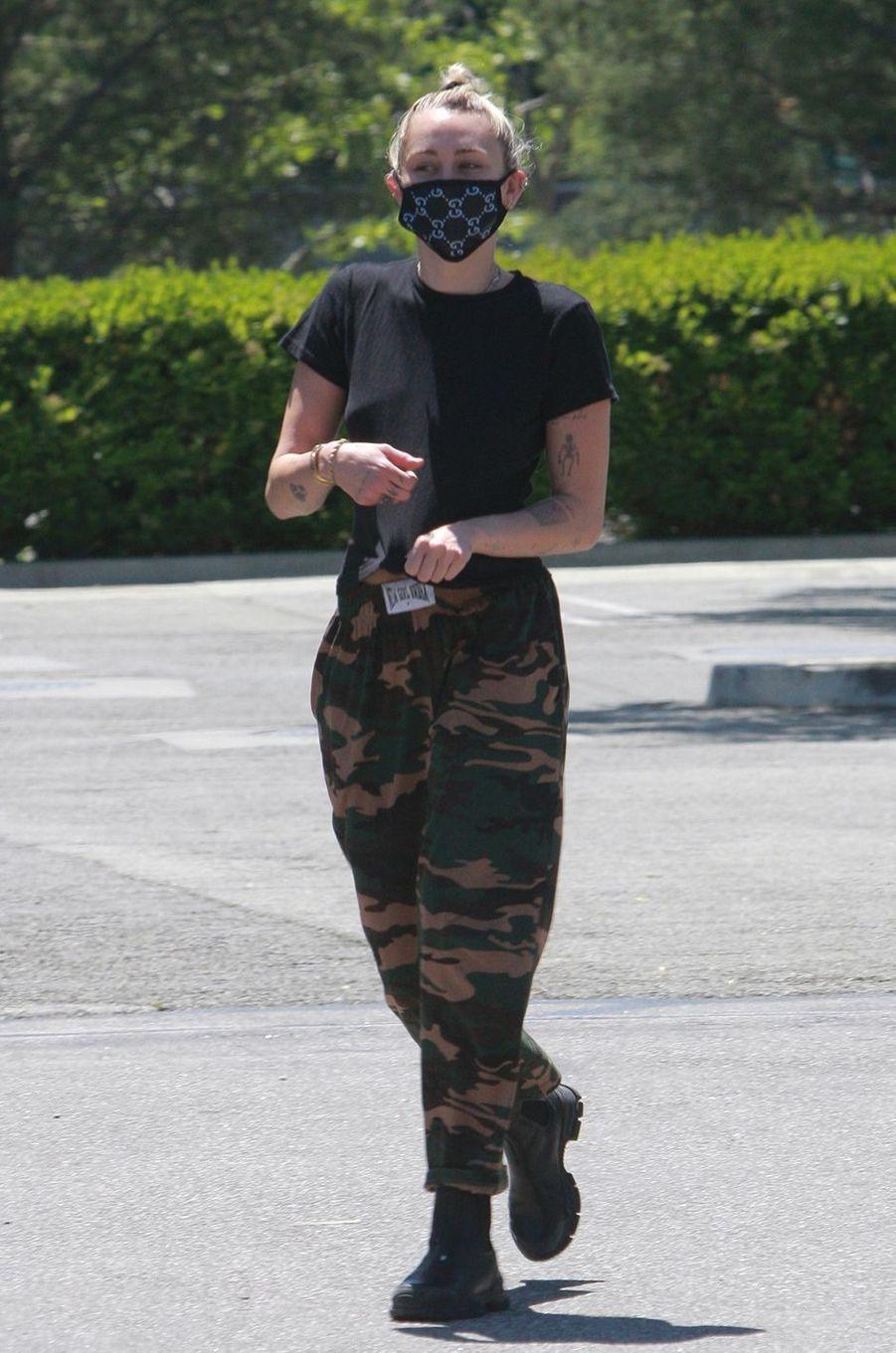 Miley Cyrusà Los Angeles le 23 avril 2020