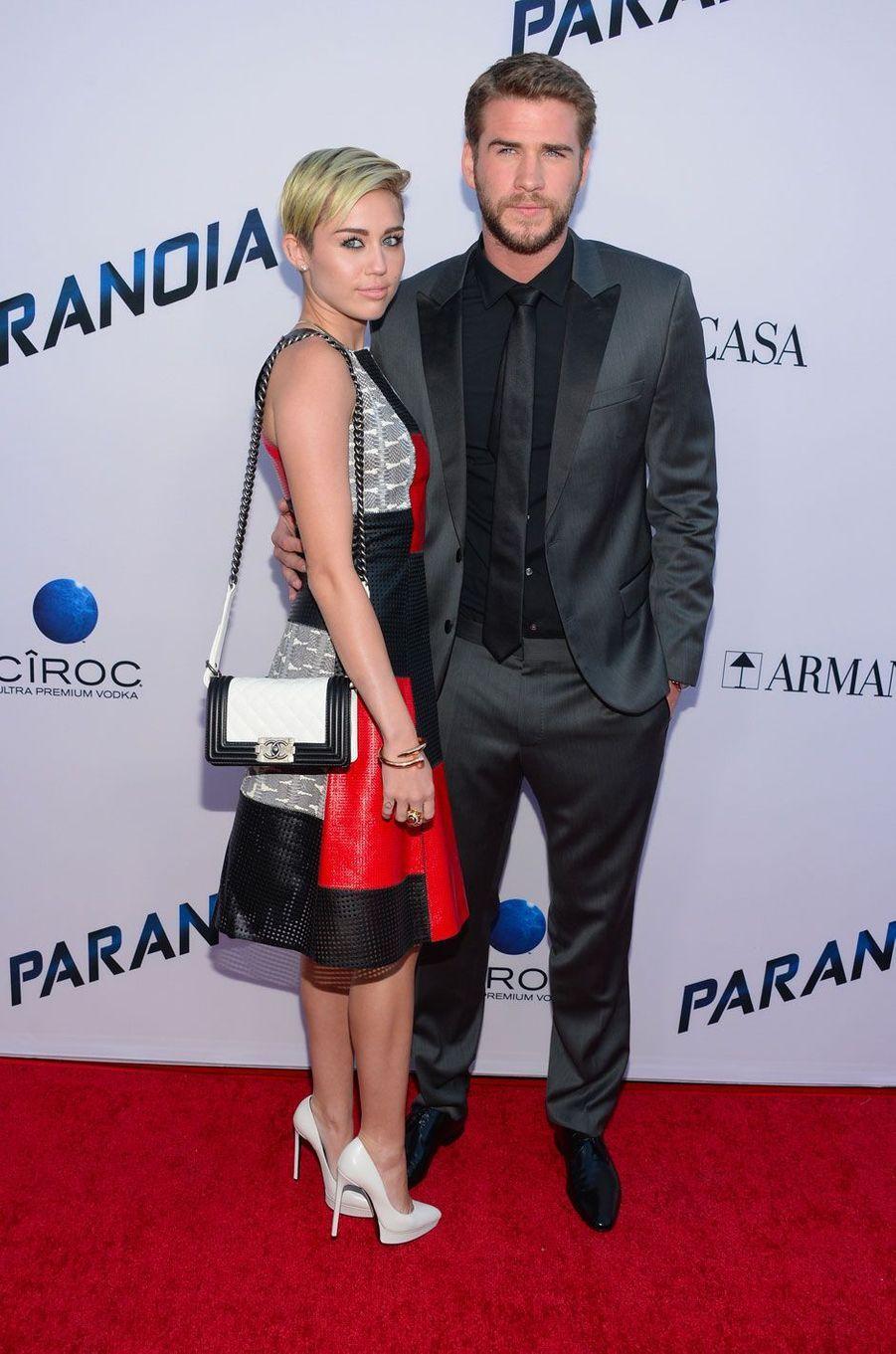 Miley Cyrus et Liam Hemsworth en 2013