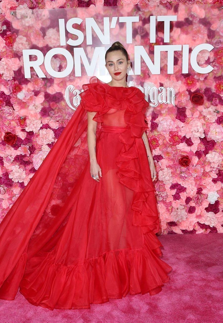 """Miley Cyrus à l'avant-première du film """"Isn't It Romantic"""" à Los Angeles le 11 février 2019"""