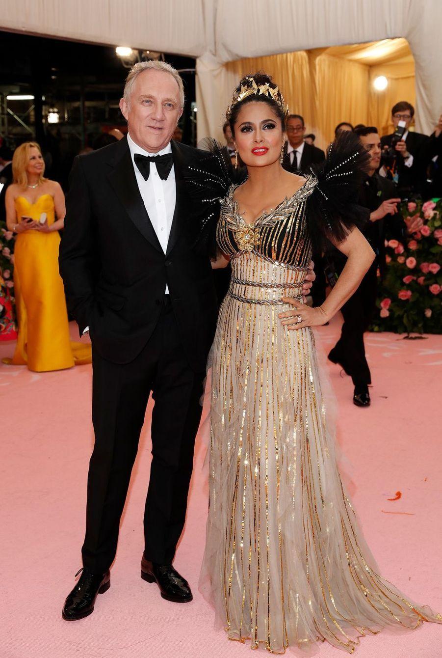 François-Henri Pinault et Salma Hayekau MET Gala à New York le 6 mai 2019