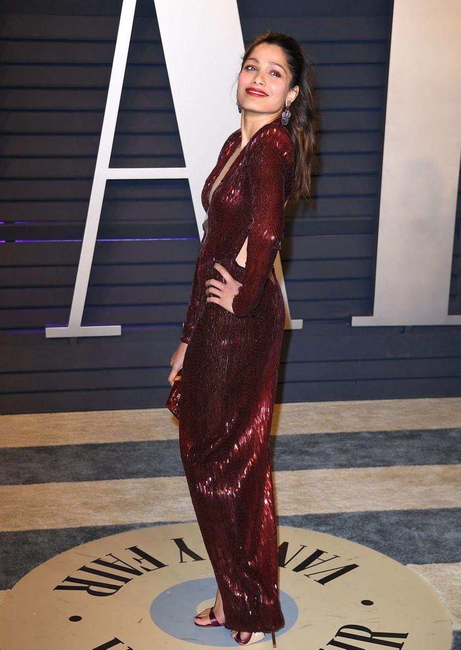 Freida Pintoà l'after-party des Oscars à Los Angeles le 24 février 2019