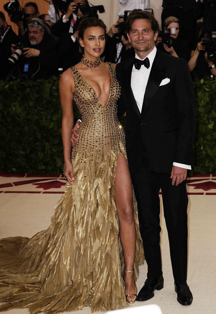 Irina Shayk et Bradley Cooper avaient officialisé leur relation en 2016, et ont eu une fille ensemble, Léa de Seine, en mars 2017. Ils se sont séparés en juin 2019.