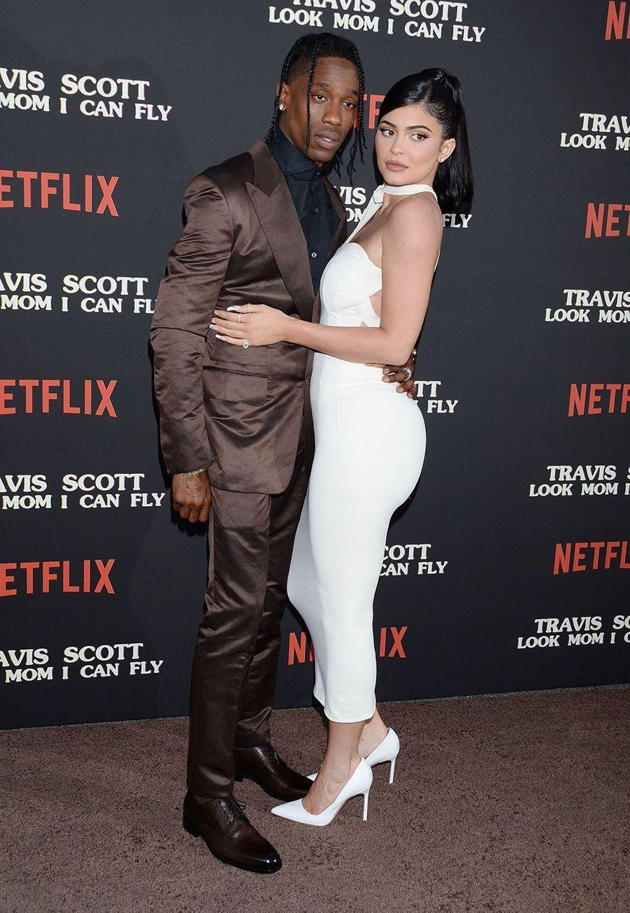 Kylie Jener et Travis Scott ont annoncé leur séparation en octobre 2019 après deux ans de relation et la naissance de leur fille Sorti en février 2018.