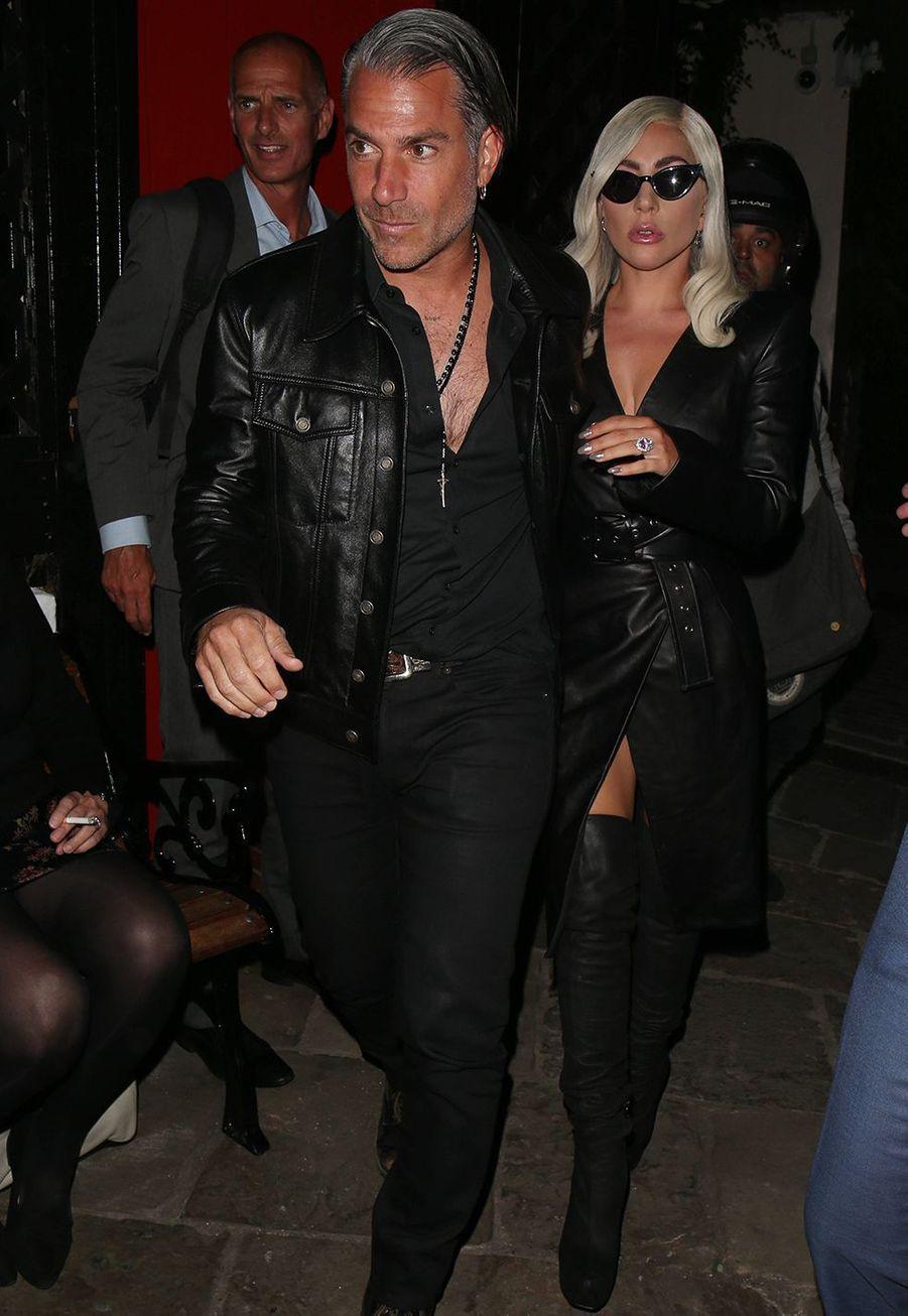 Lady Gaga et Christian Carino s'étaient fiancé lors de l'été 2017 mais ils se sont séparés enfévrier 2019.
