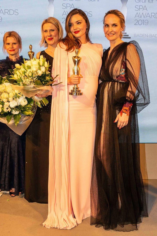Miranda Kerr etAnne Meyer-Minnemannà la soirée SPA Awards en Allemagne, le 30 mars 2019