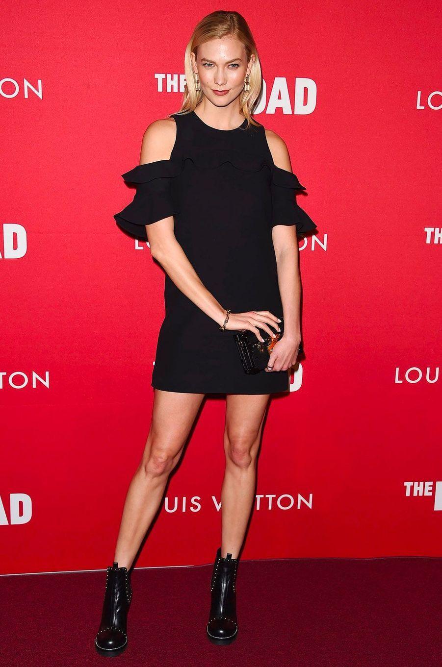 Karlie Kloss à une soirée organisée par Louis Vuitton, à Los Angeles le 8 février 2018