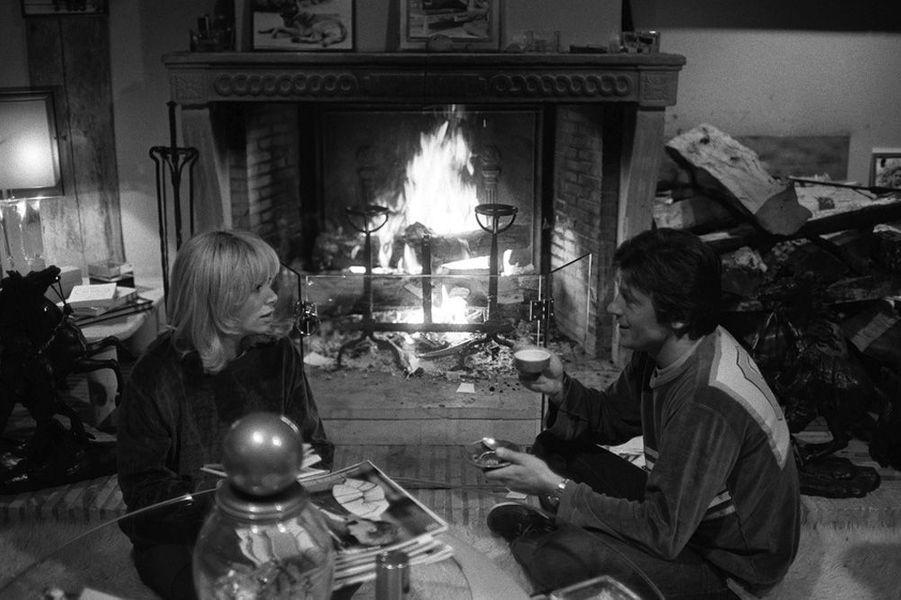 Mireille Darc et Alain Delon en 1980