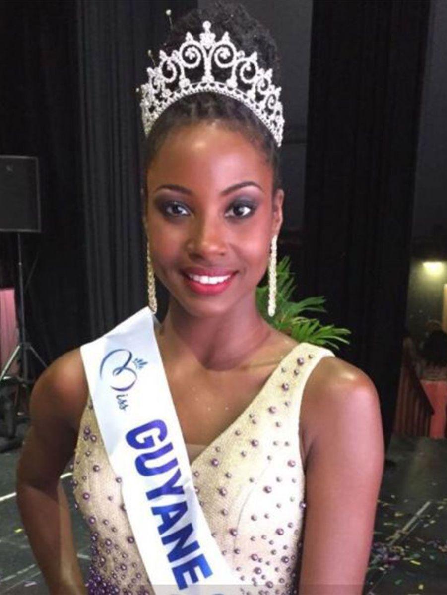 Ruth Briquet, 24 ans, est Miss Guyane.