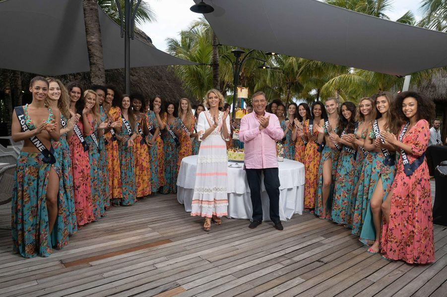 Jean-Pierre Foucault fête ses 71 ans entouré des candidates à Miss France et Sylvie Tellier